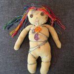 Paloma-Vuong-Poupee-Totem-la-guerrière-1-Ybackgalerie-ARTree